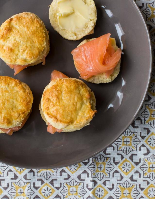 Готовлю ирландские нежные булочки. Начинку обычно делаю из копченого лосося