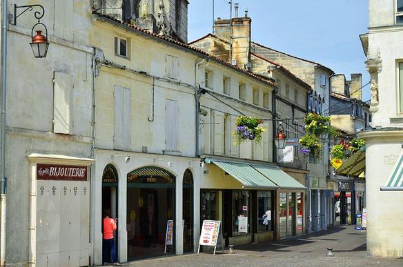 Самые красивые и милые городки французского региона Пуату-Шаранта