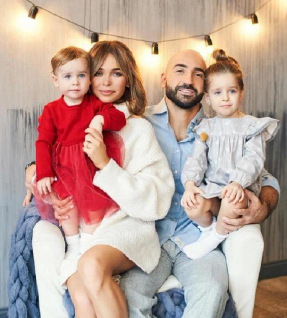Армянский ген не сработал: как выглядят подросшие дочери Анны Хилькевич и ее мужа (фото)