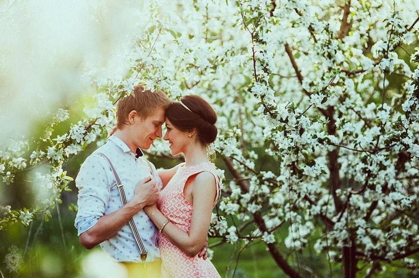Тельцов ждут любовные подвиги и короткие романы. Любовный гороскоп на апрель для все знаков зодиака