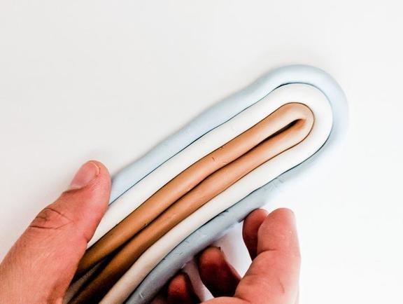 Галстук-боло из полимерной глины и кожаных шнурков своими руками: мастер-класс