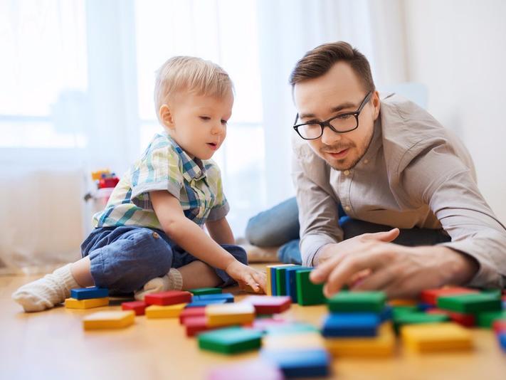 Как воспитать детей независимыми: разрешить им выбирать, что надеть, и другие приемы