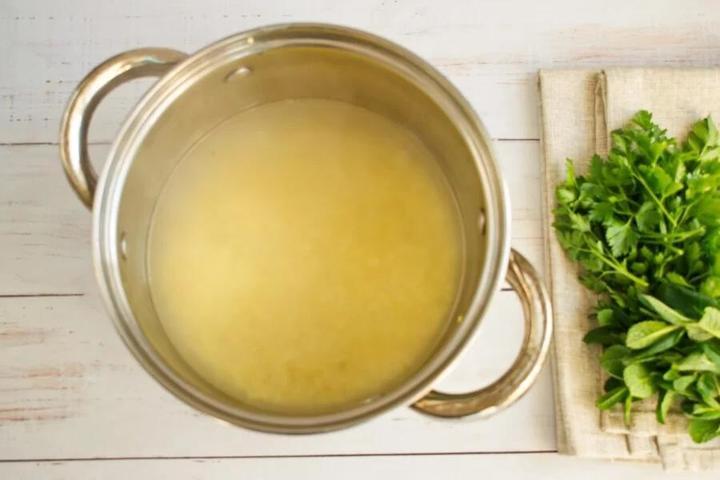 За полчаса делаю вкусный салат из проса с помидорами и огурцами. Рецепт приготовления