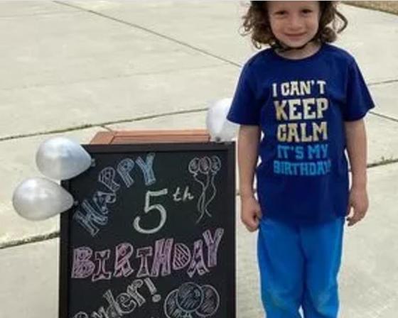 Пятилетний Райдер недавно живет в этом районе, но благодаря соседям свой день рождения он не забудет никогда (фото)