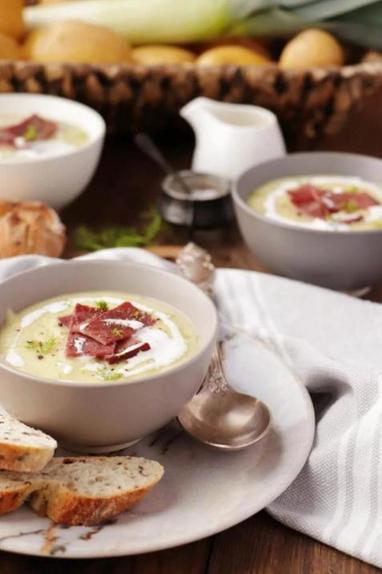 Очень сливочный и очень нежный. Готовлю крем-суп из лука-порея и фенхеля