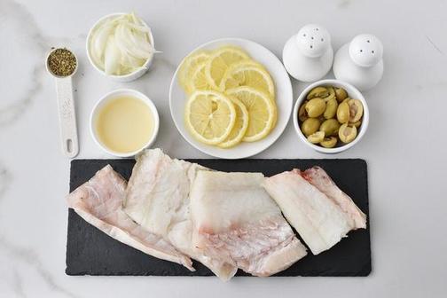Готовлю треску с оливками. Получается полезный ужин
