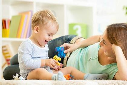 Играть с ребенком важнее, чем сварить борщ. Манифест опытной мамы, который будет полезно прочитать всем женщинам