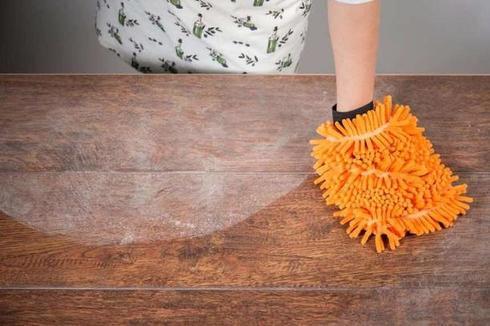Тетя сказала, что при уборке дома я все делаю неправильно, и отсутствие перчаток — меньший из «грехов»
