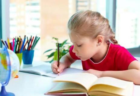 Домашнее образование в эпоху коронавируса: родителей ждет еще один год онлайн обучения?