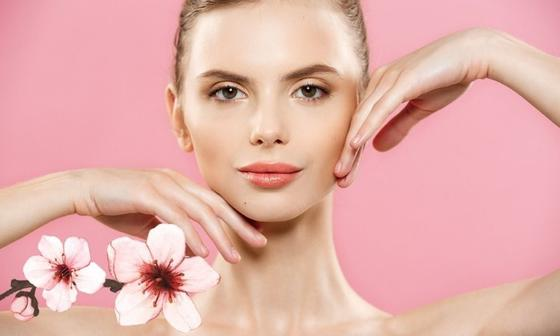 5 лайфхаков для красоты кожи, которые, по мнению дерматологов, не работают: лечение акне с помощью спирта
