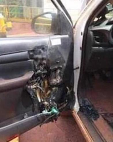 Пожарные предупредили о потенциальной опасности антисептика для рук, оставленного в автомобиле в жаркую погоду