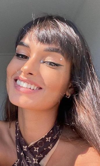 От стразов до лавандового оттенка. Модель из Бразилии показала макияж, который можно повторить дома