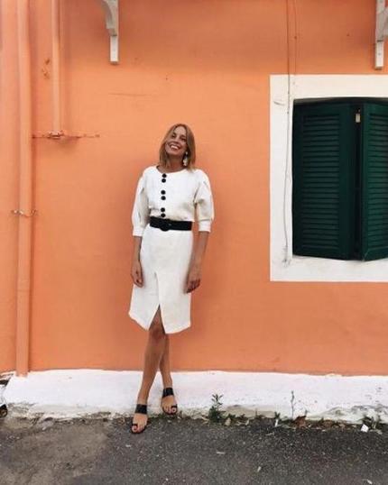 Новый тренд летнего сезона - 2020: белое платье с пышными рукавами - вызов скучной обыденности