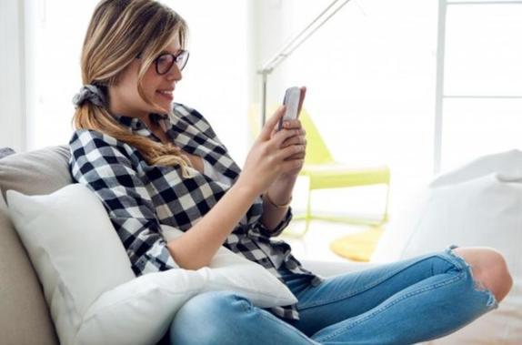 Астрологи назвали 5 знаков зодиака, которым больше всех везет с онлайн знакомствами