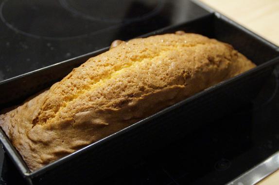 Потрескалась верхушка пирога: на самом деле вина лежит не на навыках хозяйки, а на духовке и противне