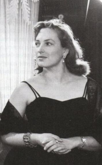 Одна из красавиц Советского Союза Клара Лучко не скрывала секрета своей внешности. Он доступен каждому