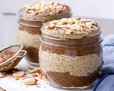 Я готовлю вкусные шоколадные десерты по очень простым рецептам: от мангового пудинга до парфе с семенами чиа