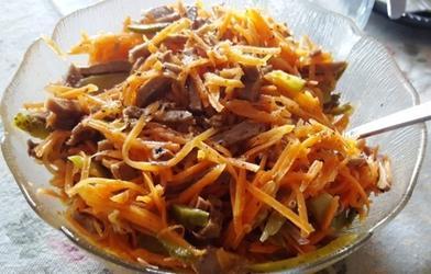 Украсит и праздничный стол: когда хочу побаловать семью, готовлю вкусный салат  Острый язычок