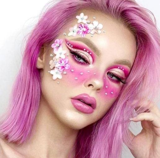 Наше лицо – это холст: 9 идей макияжа, чтобы разбудить свою внутреннюю богиню