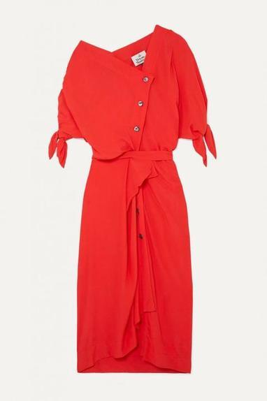 Искала красивое платье для лета и нашла. Оказалось, что любая модель в тренде, если она нужного цвета