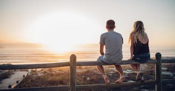 Он умеет не просто слушать, а слышать  и еще 8 признаков того, что человек, с которым вы встречаетесь, подходит именно вам