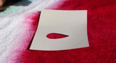 Сделала пляжный коврик в виде арбуза из обыкновенного полотенца. Детям понравилось