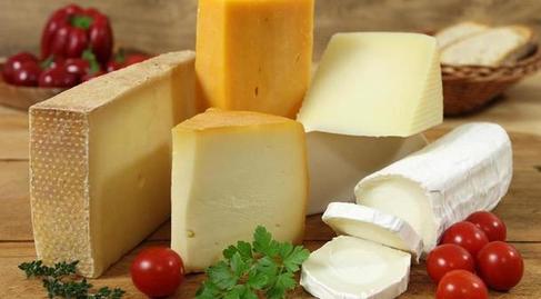 Диетолог Богданов: ужин не навредит похудению, если выбрать правильные продукты - яйца, сыр и не только