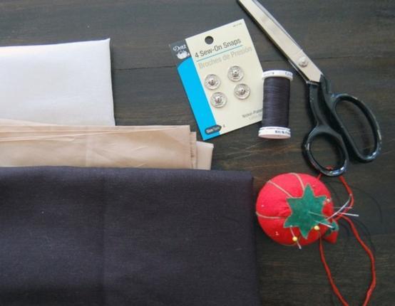 Сделала себе модный вечерний клатч с красивой плетеной бахромой. Его очень просто сшить, а смотрится стильно и оригинально