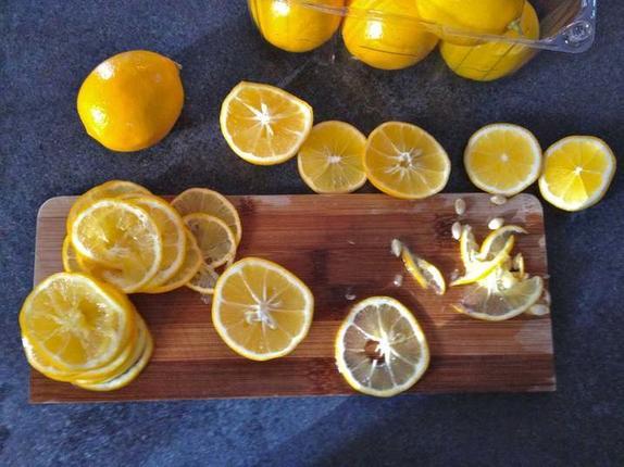 Ароматное печенье с лимонными дольками: пошаговый рецепт необычного лакомства