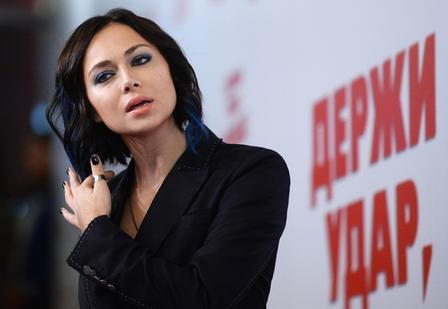 Настасья Самбурская снимется в продолжении сериала  Универ