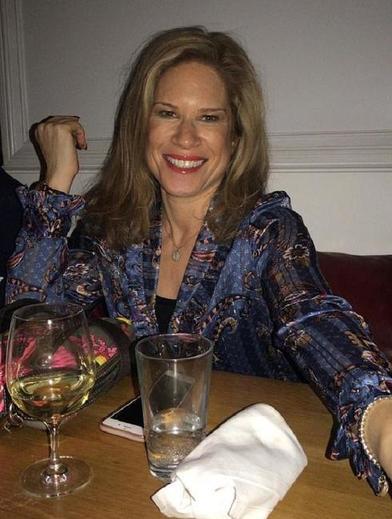 В 35 лет София все еще одинока: эксперты в отношениях подтвердили ее догадку о причине