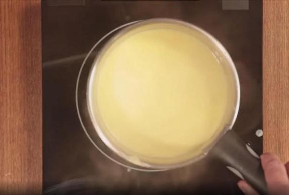 Муж готовит удивительно вкусный тыквенный тирамису, не тратя при этом кучу денег. Дети в восторге, да и я тоже