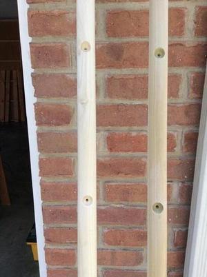 Декоративная лестница для комнаты: смастерила ее своими руками, чтобы использовать в качестве вешалки