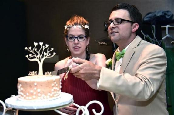 Два важных события в один день: пара поженилась через пару часов после рождения дочки