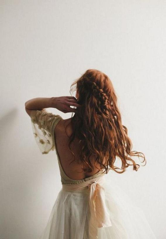Основные привычки, которые нужно сделать рутиной, чтобы волосы выглядели идеально (и ощущались так же)