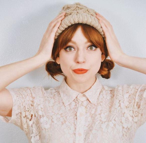 Снова шапки: как уложить волосы, чтобы было модно, но и прическа сохранилась
