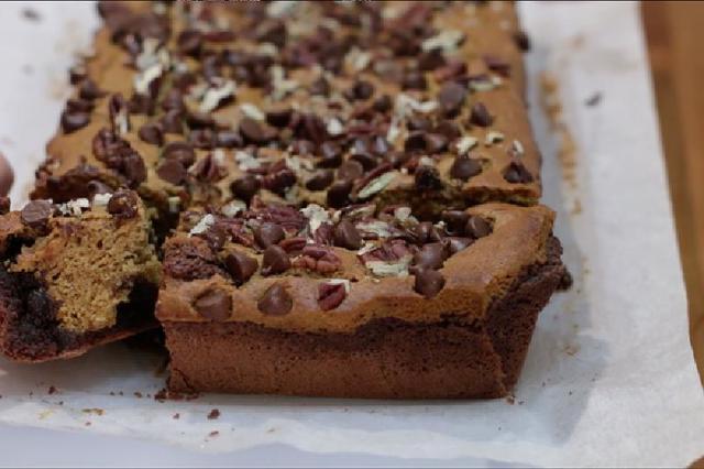 Тыквенное пирожное с шоколадом и арахисом: сезонный десерт, который вызовет восторг у ваших близких