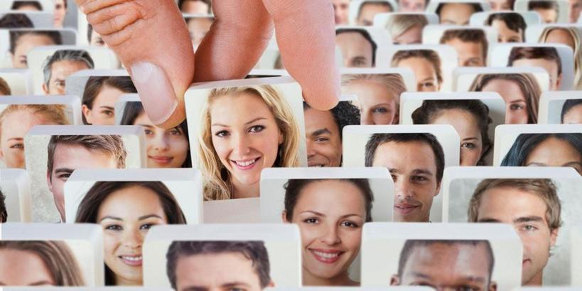 Правило №1: улыбка и простота вашей аватарки на сайте знакомств даст наибольшее количество симпатий