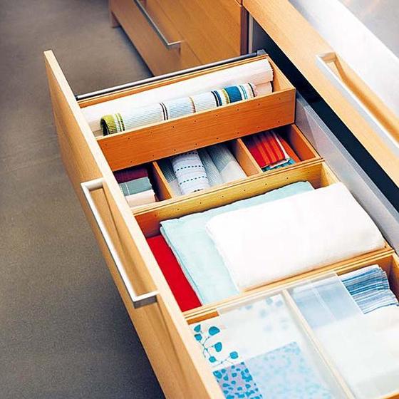 Чтобы всегда были как новые: как содержать в чистоте и порядке большое количество льняных салфеток (выбор, сортировка, хранение)