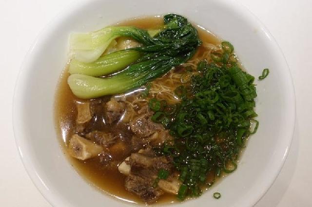 Говяжий тайваньский суп с лапшой: быстрый и вкусный вариант первого блюда для тех, кому надоел будничный рацион