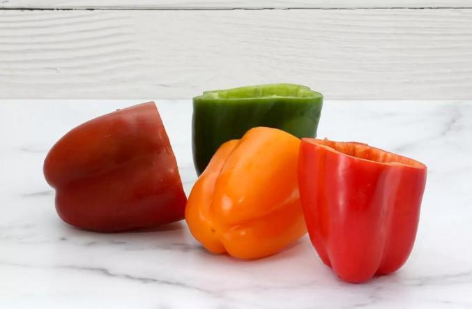 Вкусные фаршированные перцы быстрого приготовления: изюминка рецепта   два вида сыра