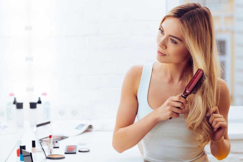 Восстанавливаем волосы после лета: простой домашний рецепт для ухода