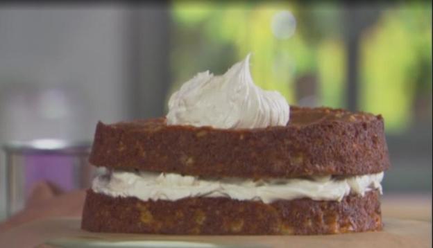 Трехслойный ароматный яблочный торт от шеф повара Джона Барричелли для любителей идеальных сочетаний