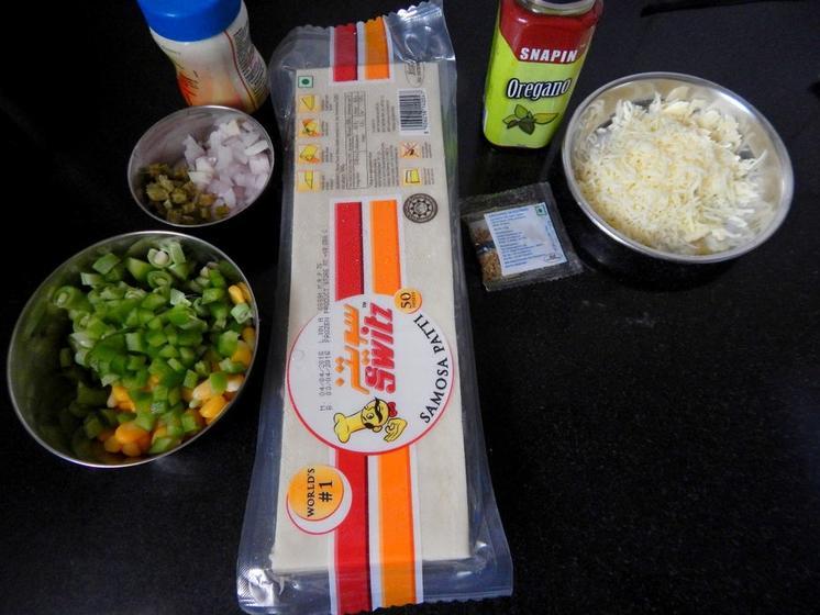 Хрустящие конвертики из теста и овощной начинки: отличная идея для сытной закуски