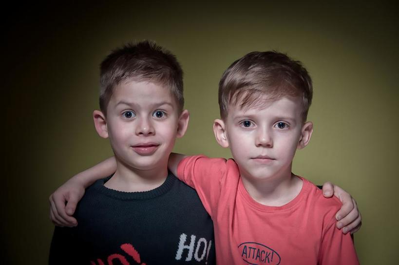 Сыновья чувствуют себя обделенными: Дмитрий обеспокоен тем, что его жена дарит всю свою любовь и внимание только дочери
