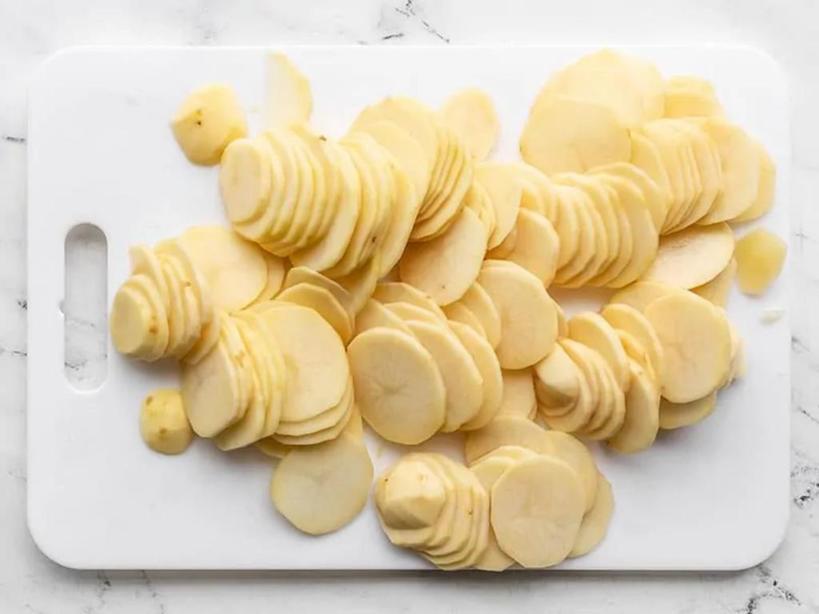 Картофель в духовке получается идеальным. Рецепт для тех, кто любит сливочный вкус