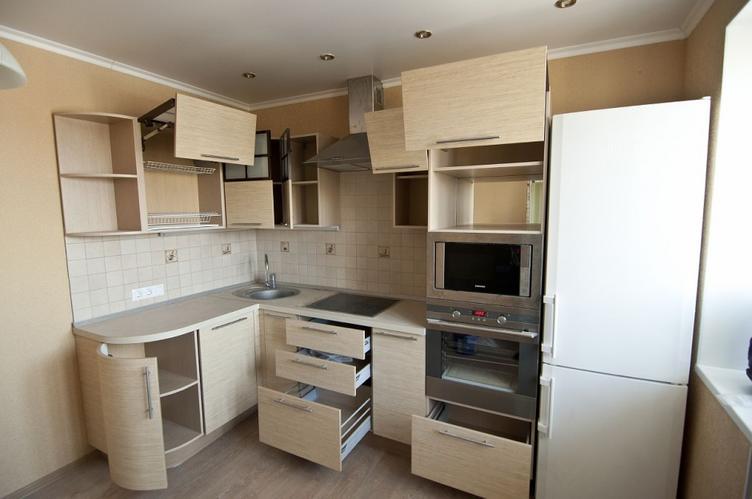 Обувь в прихожей, шкафчики на кухне: 7 мест в доме, показывающих отсутствие любви к порядку