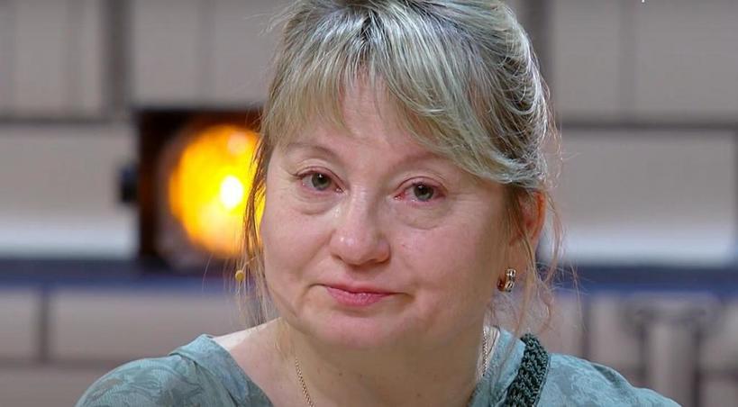 После развода 53-летняя Элла потеряла себя, но стилисты вернули ей красоту и молодость