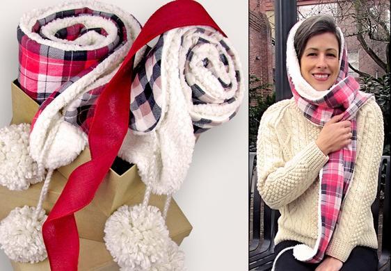 Сшила теплый и мягкий шарф из флиса и меха и украсила его большими помпонами. Очень довольна обновкой