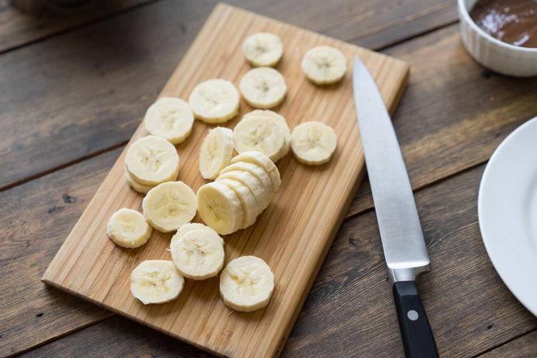 Специально для этого тортика покупаю 2 кг бананов. Простой, красивый и вкусный десерт